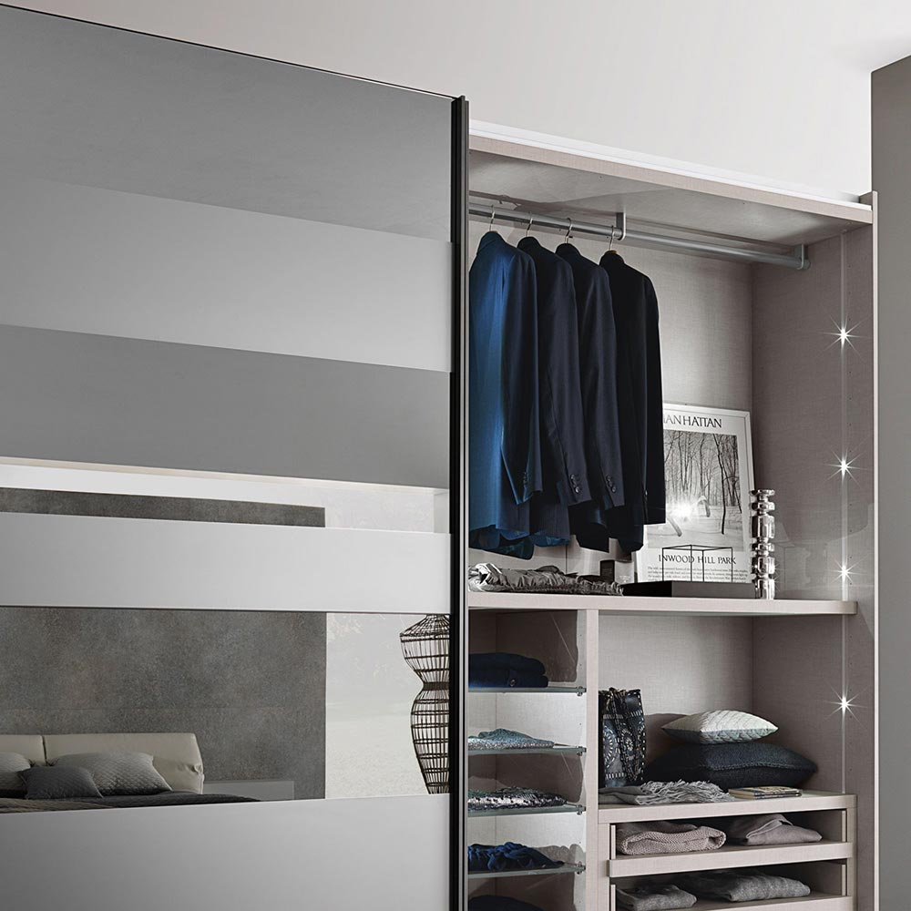 Segmenta New Sliding Door Wardrobe by Misura Emme