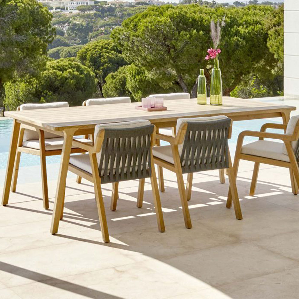 Flexx 6 Seat Outdoor Table by Skyline Design