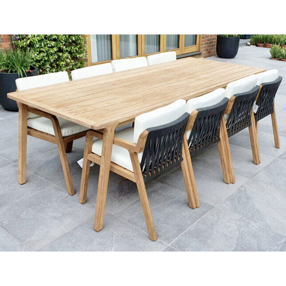 Flexx 8 Seat Outdoor Table by Skyline Design