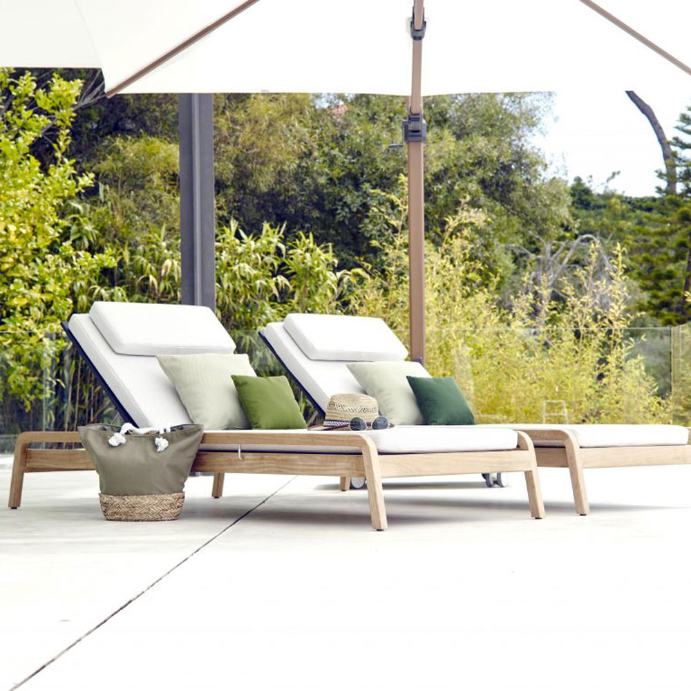 Flexx Lounger by Skyline Design