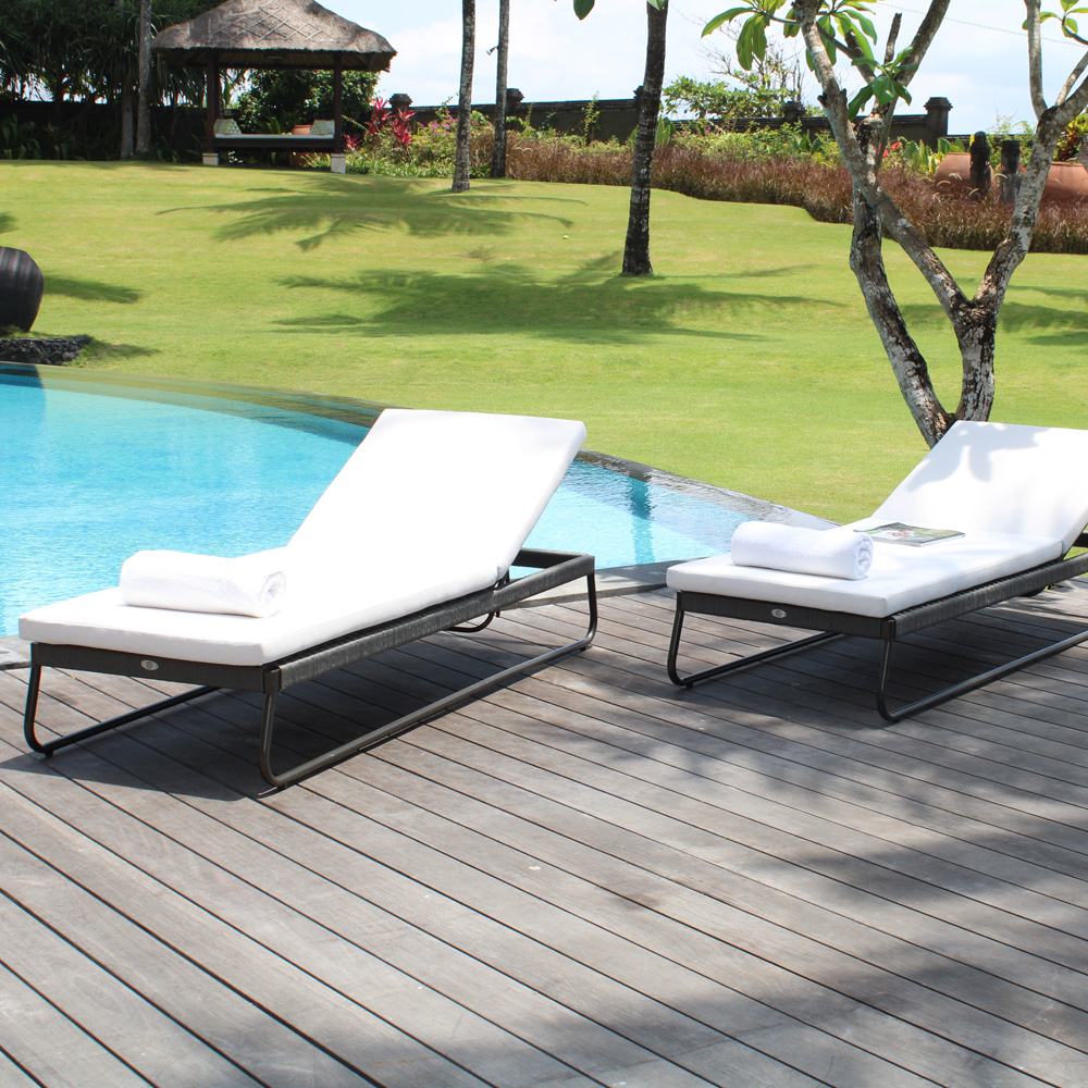 Kona Lounger by Skyline Design