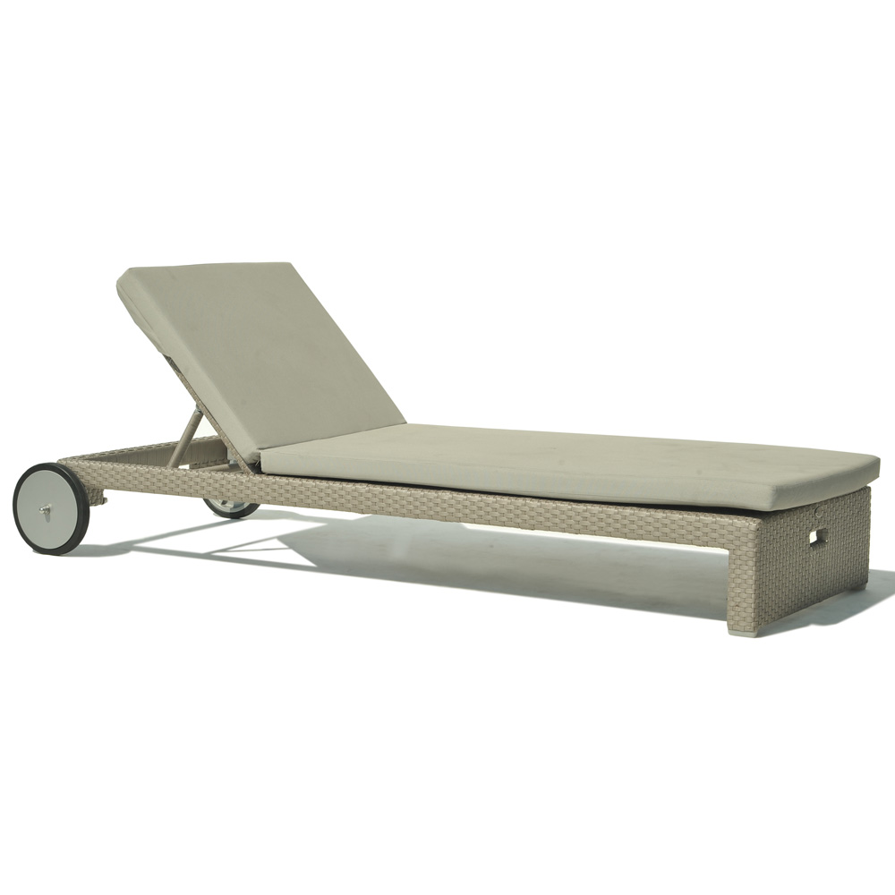 Miami Breeze Lounger by Skyline Design