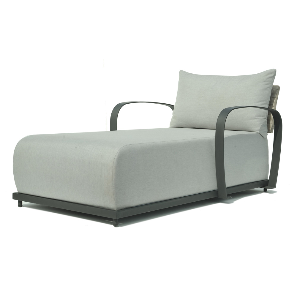 Windsor Chaise Longue by Skyline Design